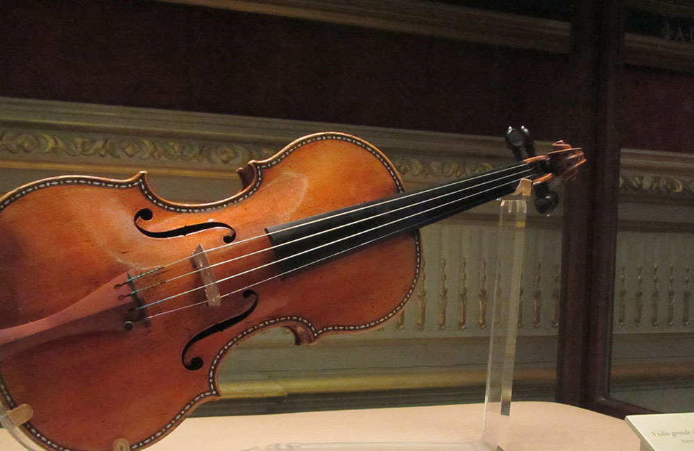 The Study: Do Modern Violins Measure Up to Strads?