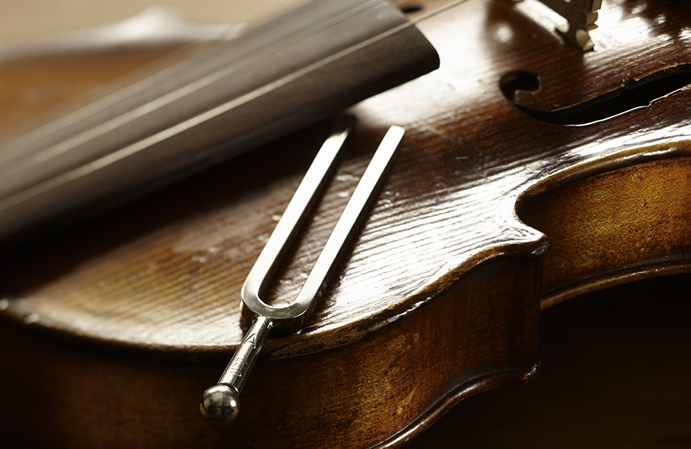 Violins, Tuning Forks and 440 Concert Pitch