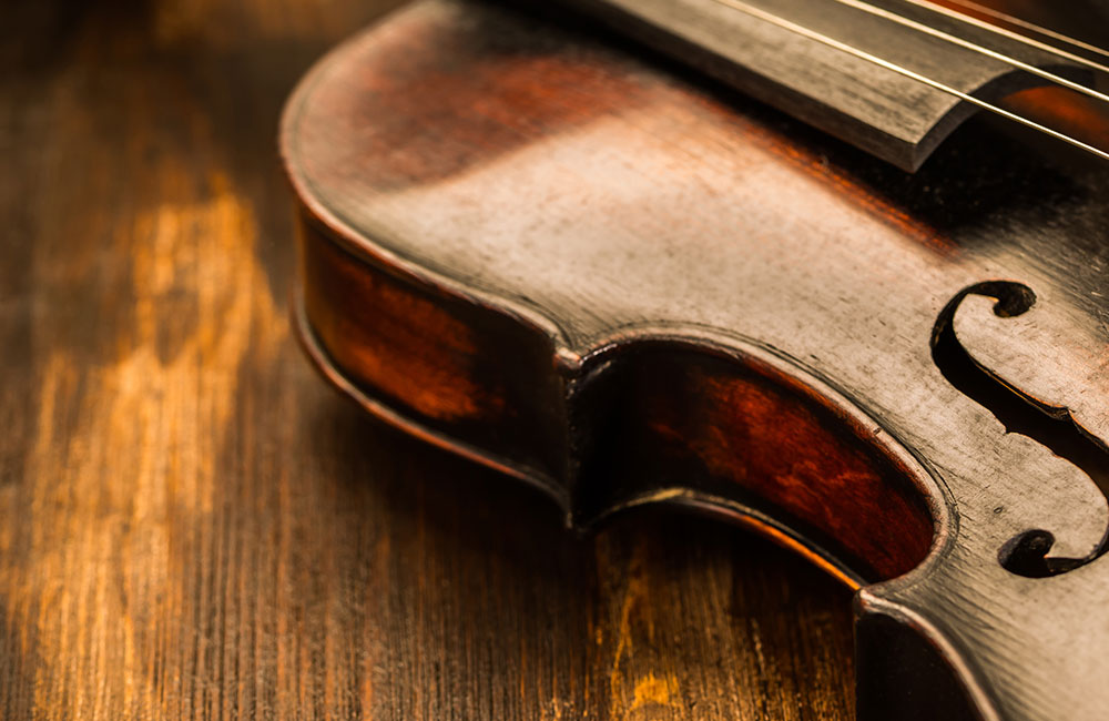 In Violinmaking, the Age of the Wood Matters