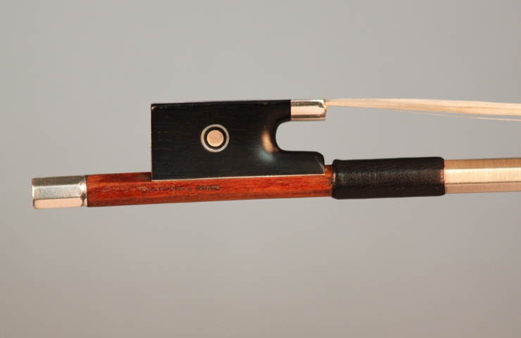 fine violins bows for sale violin bows 1920s eugene sartory violin bow for sale. Black Bedroom Furniture Sets. Home Design Ideas