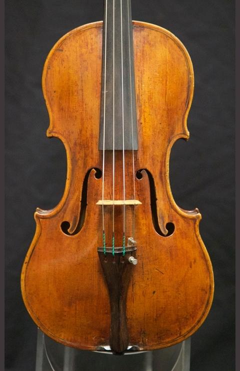 fine violins for sale italian violins neapolitan violin sold. Black Bedroom Furniture Sets. Home Design Ideas