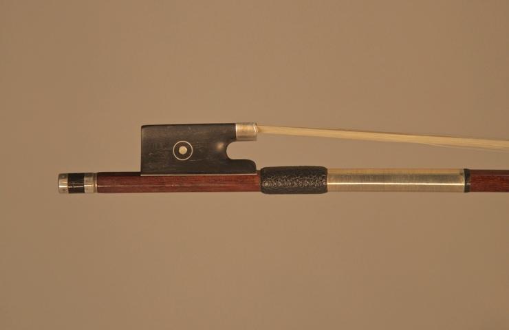 fine violins bows for sale violin bows hr pfretschner violin bow for sale. Black Bedroom Furniture Sets. Home Design Ideas