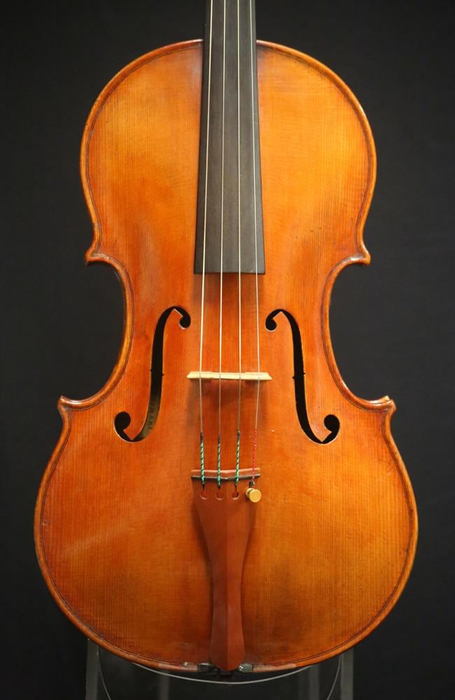 fine violas for sale italian violas 2010 douglas cox viola for sale. Black Bedroom Furniture Sets. Home Design Ideas