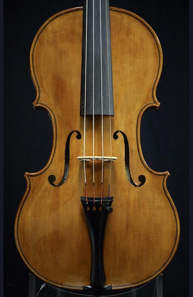 fine violas for sale italian violas cameron robertson viola for sale. Black Bedroom Furniture Sets. Home Design Ideas