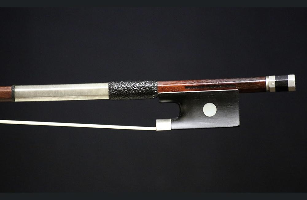 fine violins bows for sale violin bows paul siefried violin bow for sale. Black Bedroom Furniture Sets. Home Design Ideas