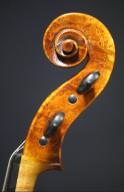 Eric-Benning-Amati-Viola-2020-Scroll